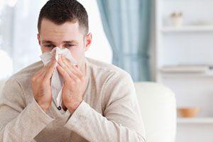 Remedios caseros para tratar una congestion nasal. Tratamiento para la congestión nasal. Tips para aliviar los síntomas de una congestión nasal