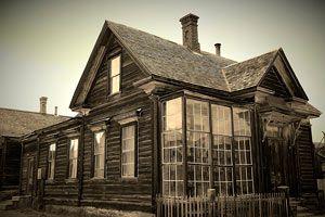 Ilustración de Historias de Casas Embrujadas en Estados Unidos