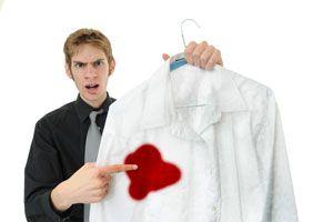 Guía para pintar prendas con lejía. Pinta tu ropa con lejía o lavandina. Método para limpiar las prendas con lejía