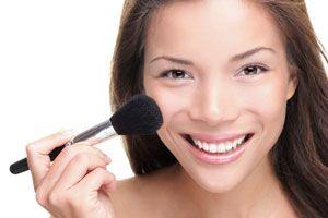 Ilustración de Guía para Usar la Base de Maquillaje