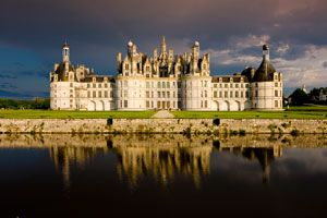 Ilustración de Guía para Recorrer los Mejores Castillos de Europa