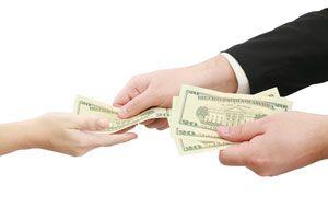 Ilustración de Cómo Prestar Dinero a la Familia o Amigos
