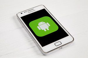 Ilustración de Cómo Mejorar el Rendimiento de un Android Viejo