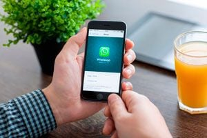 Ilustración de 10 Trucos para WhatsApp