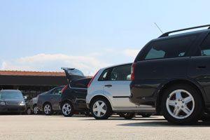 Cómo viajar con un coche de alquiler. tips para viajar con un coche rentado. Cómo rentar un coche para las vacaciones. tips para alquilar un coche
