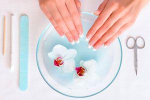 Cómo elegir el tipo de manicura adecuado para tu caso. Tipos de manicura. Manicuras de tratamiento. Manicura estética