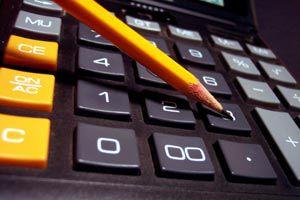 Ilustración de Cómo crear un presupuesto para el hogar bien detallado