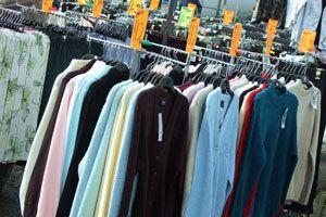 Ilustración de Ideas para aprovechar descuentos y ahorrar en gastos de vestimenta