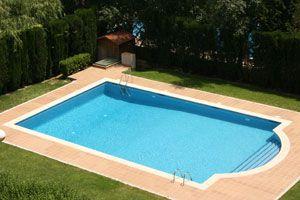 Ilustración de Características y ventajas de las cubiertas para piscinas