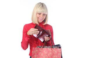 Ilustración de Consejos para ahorrar en la compra de regalos de Navidad