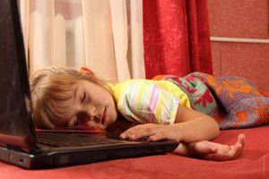 Ilustración de Cómo actuar frente a niños que duermen mucho