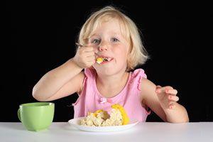 Ilustración de Alimentos que pueden hacerle daño a tu bebé
