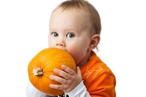 Ilustración de Alimentos sólidos para el bebé: cómo, cuándo y cuánto