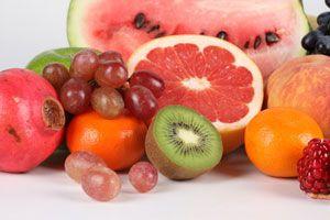 Ilustración de Opciones de frutos y granos para iniciar a tu bebé en la alimentación