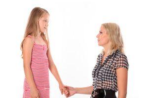 Ilustración de Consejos para encarar el tema de la menstruación y sexualidad con tu hija
