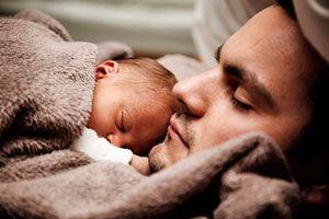 Ilustración de ¿Cómo puede ayudar papá durante la lactancia de su hijo?
