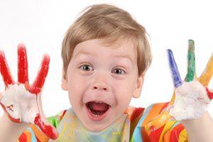 Ilustración de Cómo corregir distintos problemas de disciplina y conducta en niños pequeños