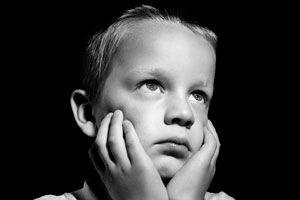Ilustración de Cómo enseñarle a tu hijo varón a expresar sus sentimientos