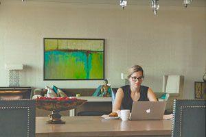 Ilustración de Tips para iniciar tu emprendimiento siendo madre