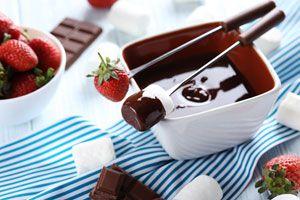 Ilustración de Cómo hacer Fondue de Chocolate