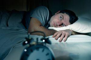 Ilustración de Cómo Evitar los Problemas para Dormir de Noche