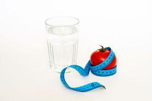 Ilustración de Cómo hacer la Dieta del Agua