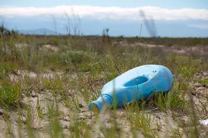 Ilustración de ¿Y si te dijésemos que ahorrar plástico es ahorrar dinero?