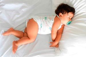 Ilustración de Cómo hacer para combatir la congestión nasal en los bebés