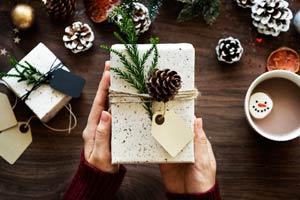 Ilustración de Cómo conseguir los mejores regalos para Navidad / Ideas de regalos de Navidad