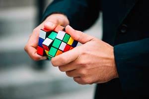 Ilustración de Cómo resolver el cubo de Rubik como un pro