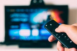 """Ilustración de ¿Cuándo estará disponible en streaming """"Tenet"""" de Christopher Nolan? Más información de la película"""