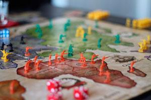 Ilustración de Juegos de mesa caseros: ¡fáciles y divertidos!
