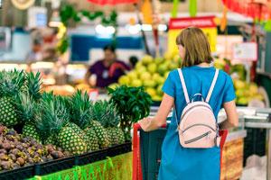 Ilustración de Información relevante para trabajar de cajero en un supermercado