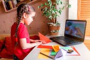 Ilustración de Figuras de origami paso a paso para jugar con los niños